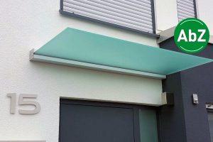 Panther Glas - Plan Five: Vordach mit integrierter Dachneigung mit AbZ